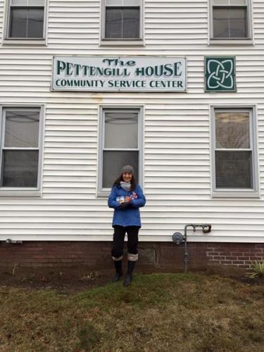 Cans for Care donation to Pettengill House 2014